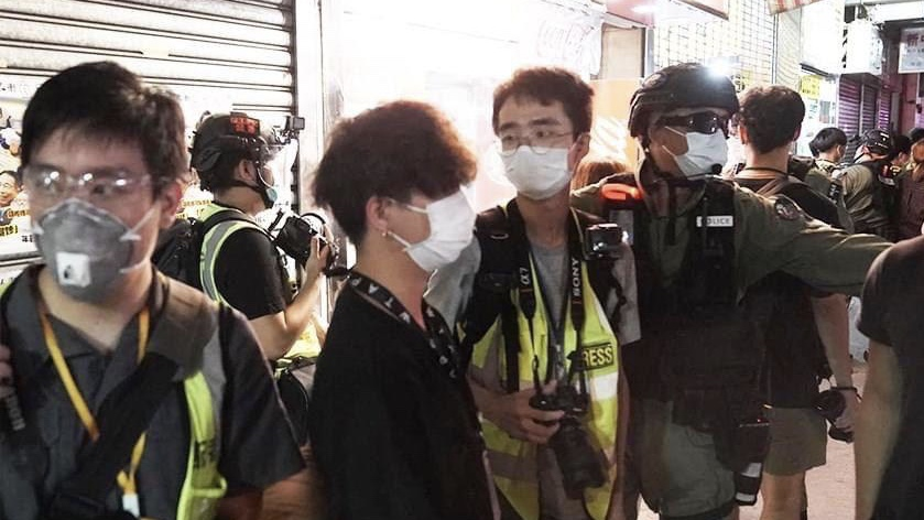 Growing hostility against journalist witnessed among riot police